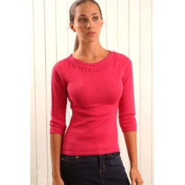 Alpaca sweater with neck crocheted