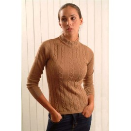 Alpaca sweater with rows of cables